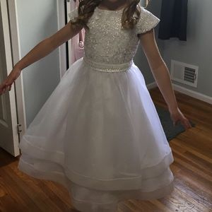 Girls short sleeve communion/flower girl dress